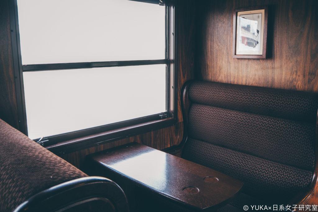 九州JR列車SL人吉第二節車廂座位