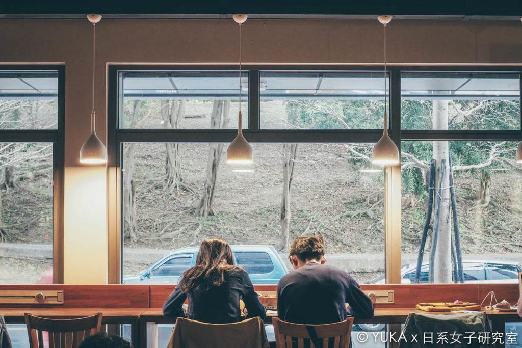 覺旅咖啡陽光店座位