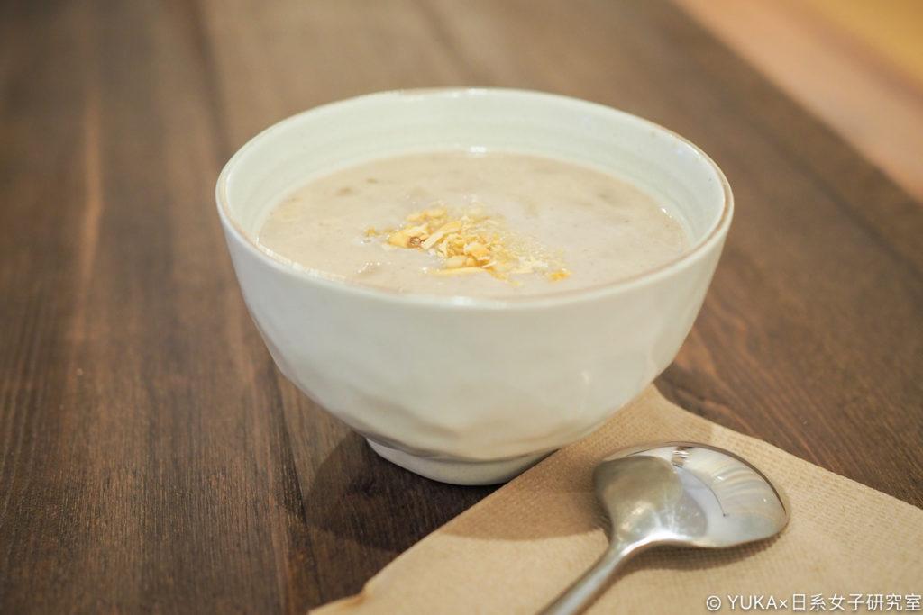 Waku Waku Buger 奶油蘑菇濃湯